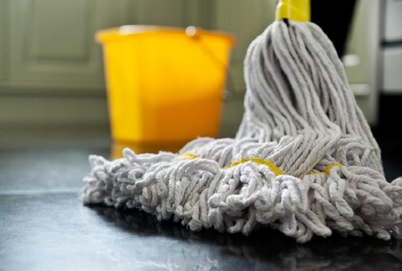 Bathroom Tips: how to clean a bathroom step by step