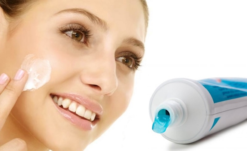 toothpaste for your pimple treatment