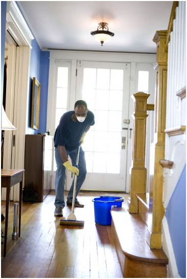 How to Keep Your House Clean When the Temperatures Rise