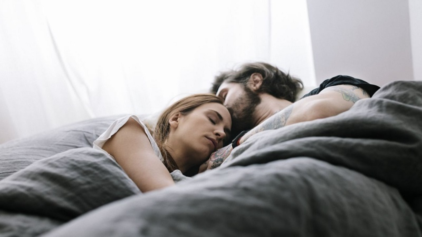 tips for couples sleeping together