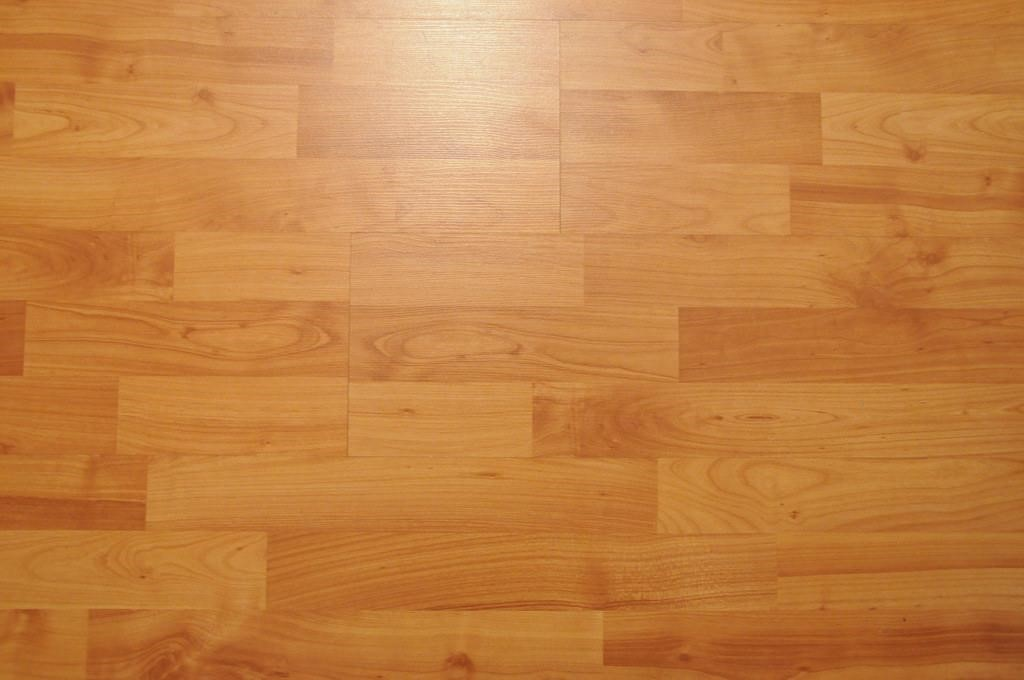 How to make your wood floors shine – the natural way