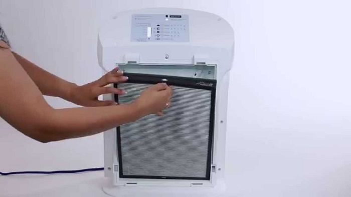 How to clean air purifier filter