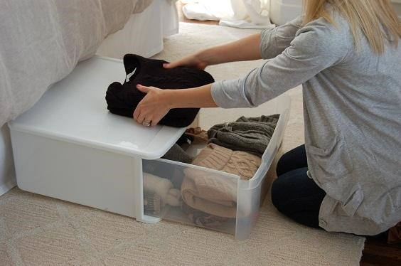 What are the key elements to storing clothes?