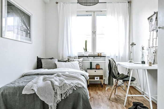 How to Decorate a Minimalist Dorm Room