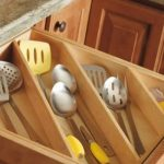 organize kitchen drawer