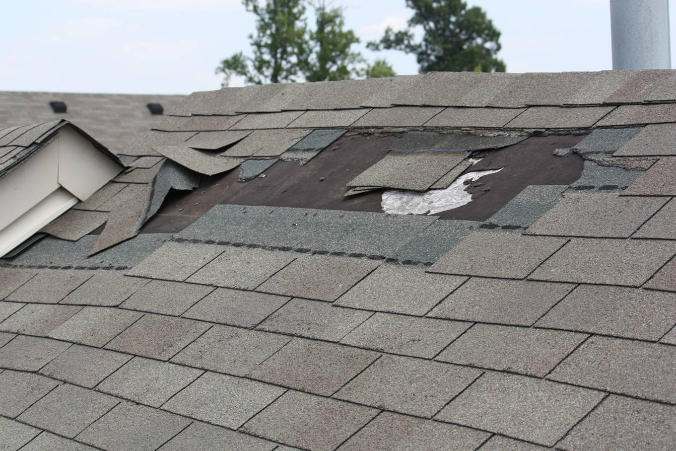 How to Repair Roof Leak Yourself Step by Step