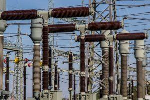 Power generator for winter weather emergency